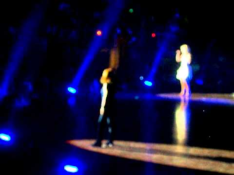Does He Love You..with Kimberly Perry