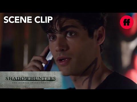 Shadowhunters | Season 1, Episode 5: Alec & Magnus Talk On The Phone | Freeform