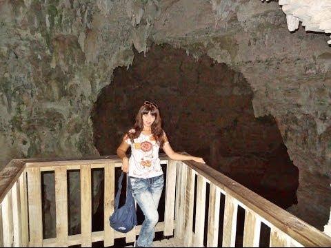 New Zealand, Waitomo Caves, Walking Around! Very Cool! BEST VIDEO