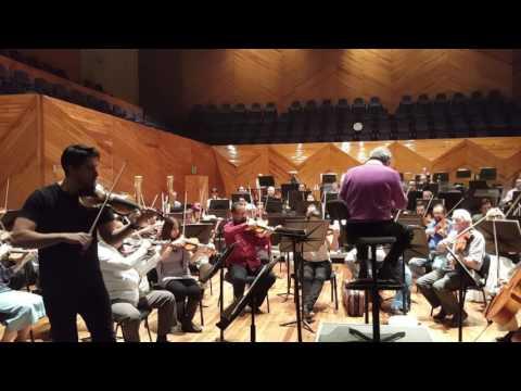 Ravel ''Tzigane'' Francesco Toro :violin direttore: Enrique Batiz OSEM Orchestra