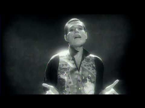 These Are The Days Of Our Lives Tributo A Freddie Mercury Youtube