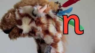 Geraldine the Giraffe learns /n/ sound