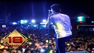 Video D'Bagindas Suka Sama Kamu HOUSE MUSIK (Remix) download MP3, 3GP, MP4, WEBM, AVI, FLV Februari 2018