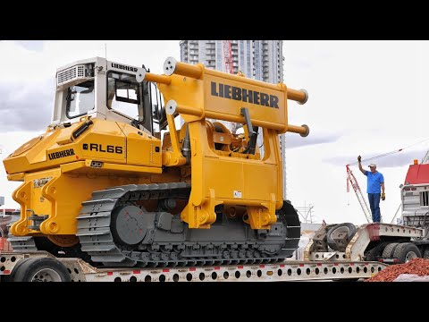 Transporting Liebherr's Largest Pipelayer