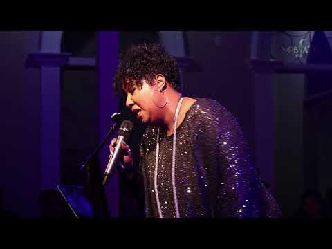 "Tricia Boutté canta ""Evil Gal Blues"" (Leonard Feather)"