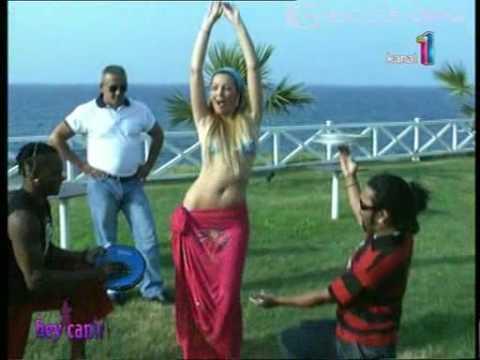 petek dinçöz bikinili show