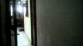Repeat youtube video Ngintip di Gudang & Kamar Mandi