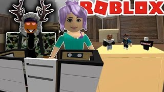 ROBLOX HIDE AND SEEK EXTREME! (SHE LIKES ME)