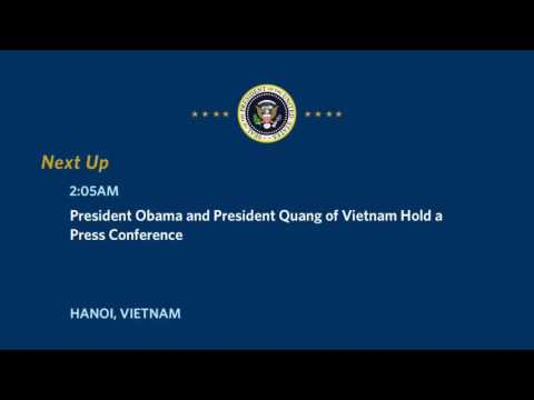 (President Obama and President Quang of Vietnam Hold a Press Conference )