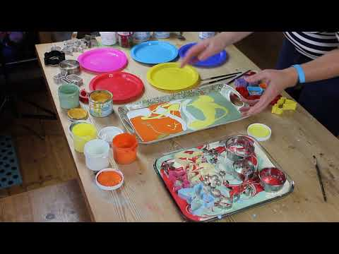 Making Window Clings with cookie cutters and Thorndown Peelable Glass Paint