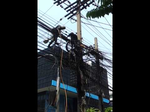 Street wiring in Bangkok