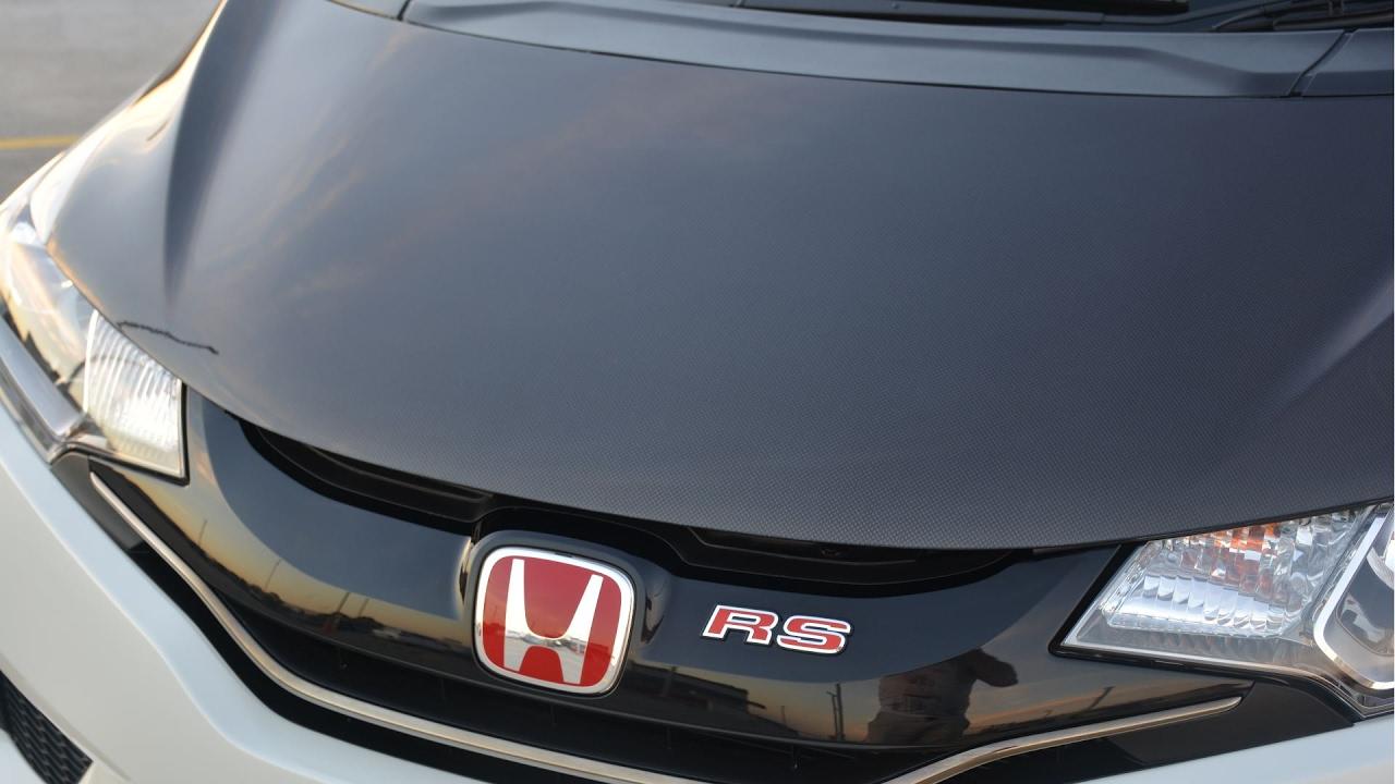 Unboxing Spoon Dry Carbon Fiber CF Hood for Honda Fit Jazz ...