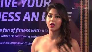 Giaa Manek and Sonarika Bhadouria at Gold Awards