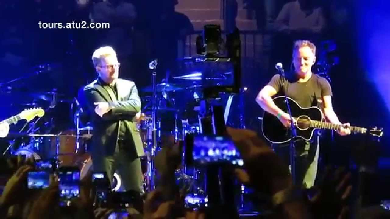 U2 & Bruce Springsteen - (HD) I Still Haven't Found What I'm Looking For -  July 31, 2015