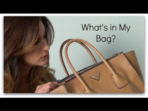 What\u0026#39;s in My Bag? (March 2014) - YouTube