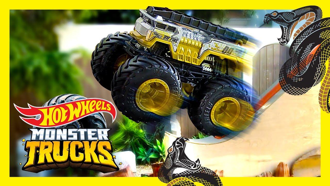 Canyon Cliff Snake Jump Challenge Monster Trucks Hot Wheels Youtube