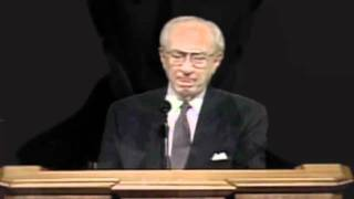 Gordon B. Hinckley- The Martrydom of Joseph Smith-  HD