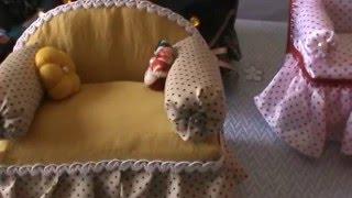 Mini sofá com caixa de leite e papelão
