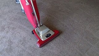Sanitaire SC899F Vacuuming A Three Bedroom Apartment