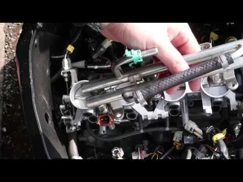 How to remove throttle bodies and injectors on Suzuki GSXR 600 K6 2006