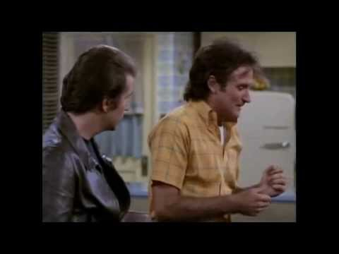 Mork meets The Fonz and Laverne