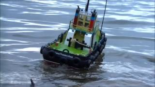 Remote Control Tug Boat  - Southampton - On Choppy Seas