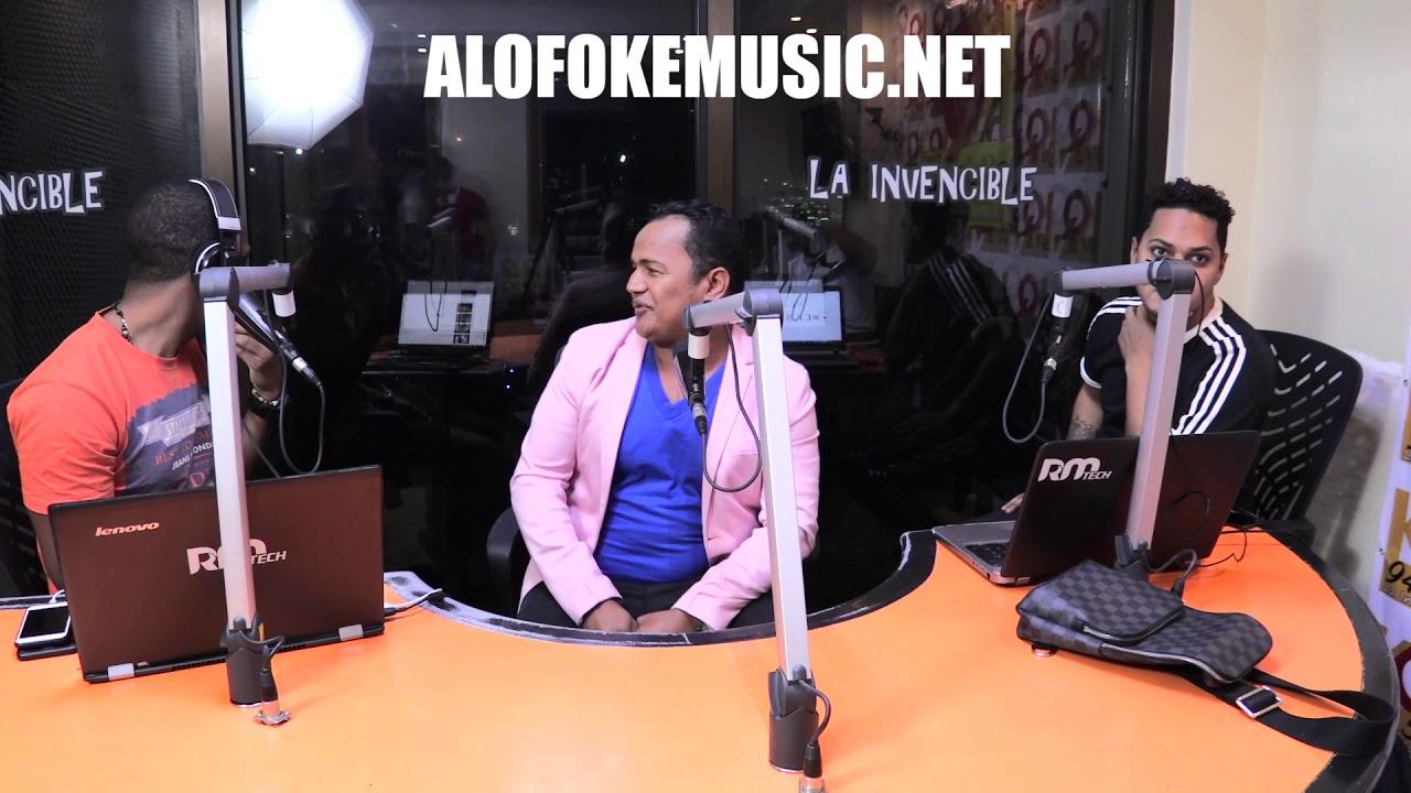 Momento en que tirotean cabina de Alofoke Radio Show!!!