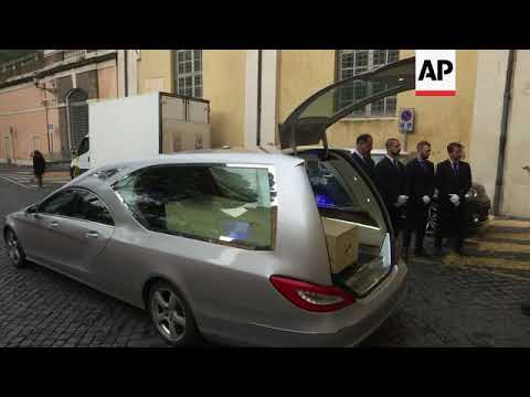 Coffin of Italian film director Bertolucci arrives in Rome for lying in state