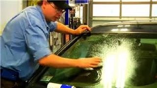 Useful Automotive Tips : How to Clean Car Windows to Avoid Mists