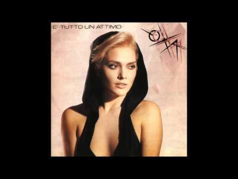 È' tutto un attimo ( album completo) - Anna Oxa, 1986