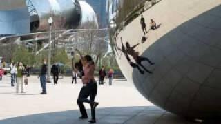 Chicago, Illinois - Millennium Park - Cloud Gate Sculpture