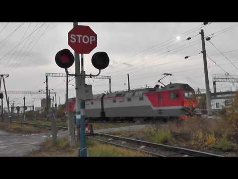 Сотрудники ГИБДД дежурили на всех железнодорожных переездах Омской области