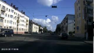 Пьяный мужык выпал из авто в Витебске