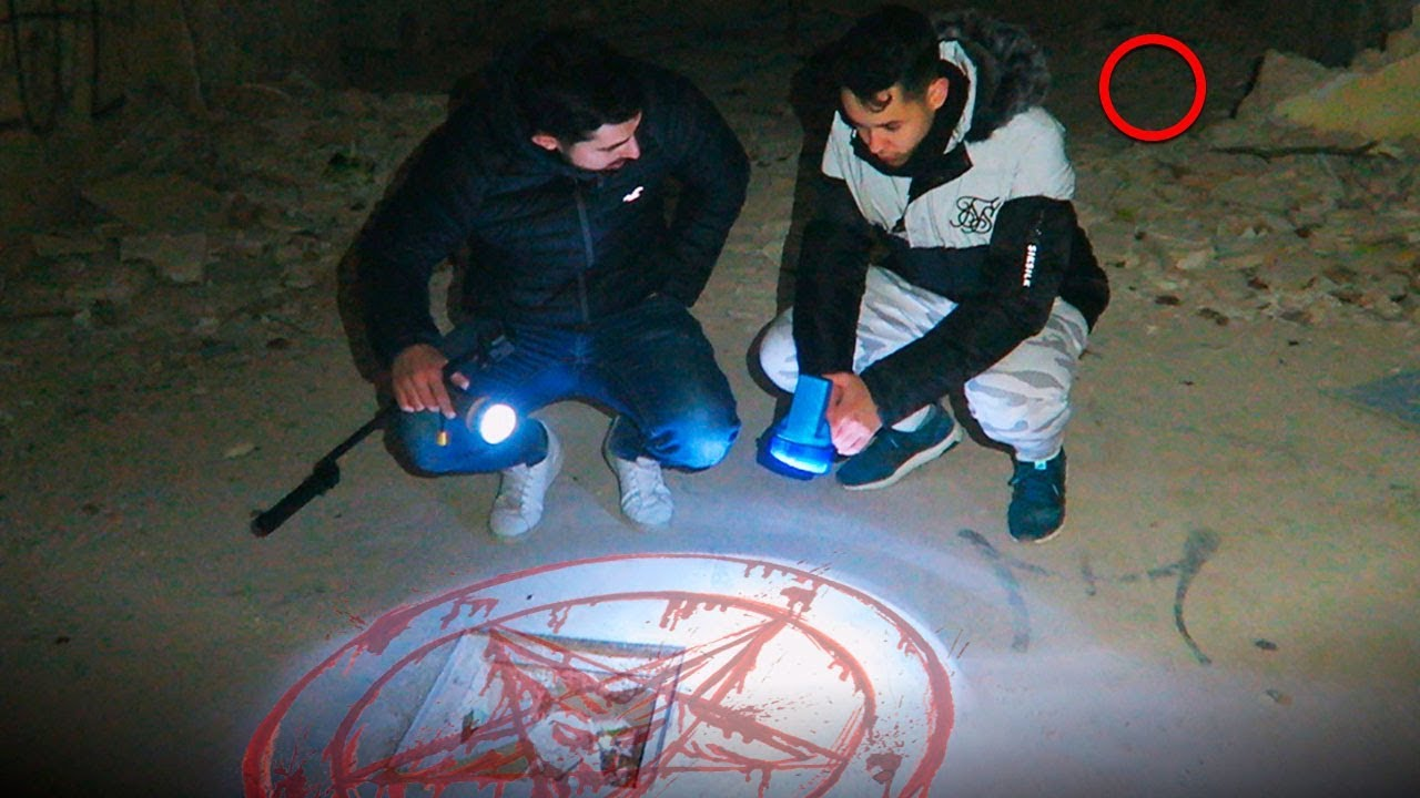 Invocando Espíritus En El Sanatorio Abandonado Thegrefg Youtube