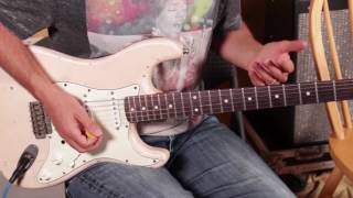 The Number 1 Guitar Solo Trick Rut Buster (How to hit almost any note & sound good)