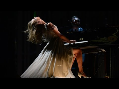 【LIVE 現場版】All Too Well 愛太清晰 /. Taylor Swift 泰勒絲  中文字幕