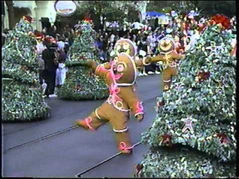 Disney World Parades Fantasy On Parade (Christmas) and Surprise ...