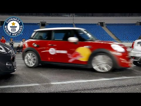 Watch a Stunt Driver Parallel Park With 3 Inches to Spare