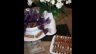 Diy: Caramel Chocolate Dipped Pretzels | Showmecute