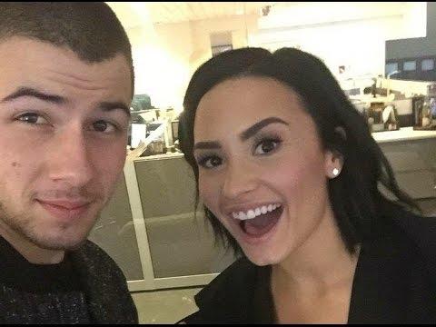Demi Lovato - Funny Moments 2015 (#3)