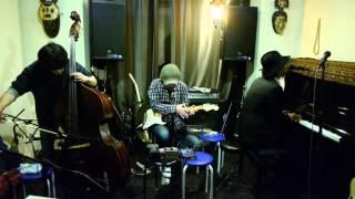 沢田穣治 大島輝之 MELODY KOGA 「ヘルシーちゃん」 live at 高円寺 U-hA 2015/3/4