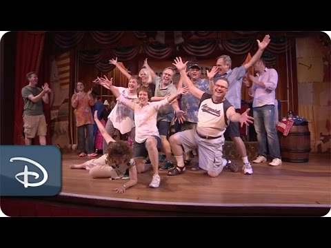 The Original Hoop-Dee-Doo Cast Reunites | Disney's Fort Wilderness Resort