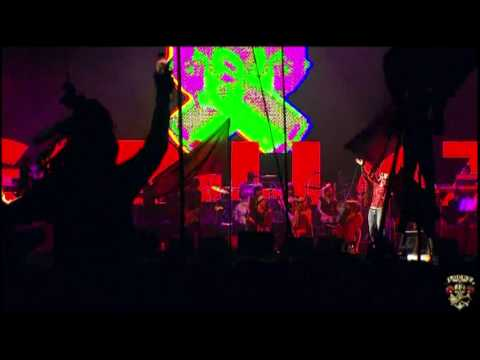Kids With Guns ~ Gorillaz LIVE @ Glastonbury 2010