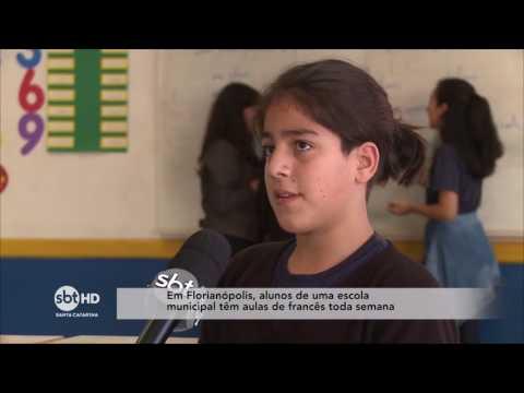 Estudantes de escola municipal de Florianópolis têm aulas de Francês