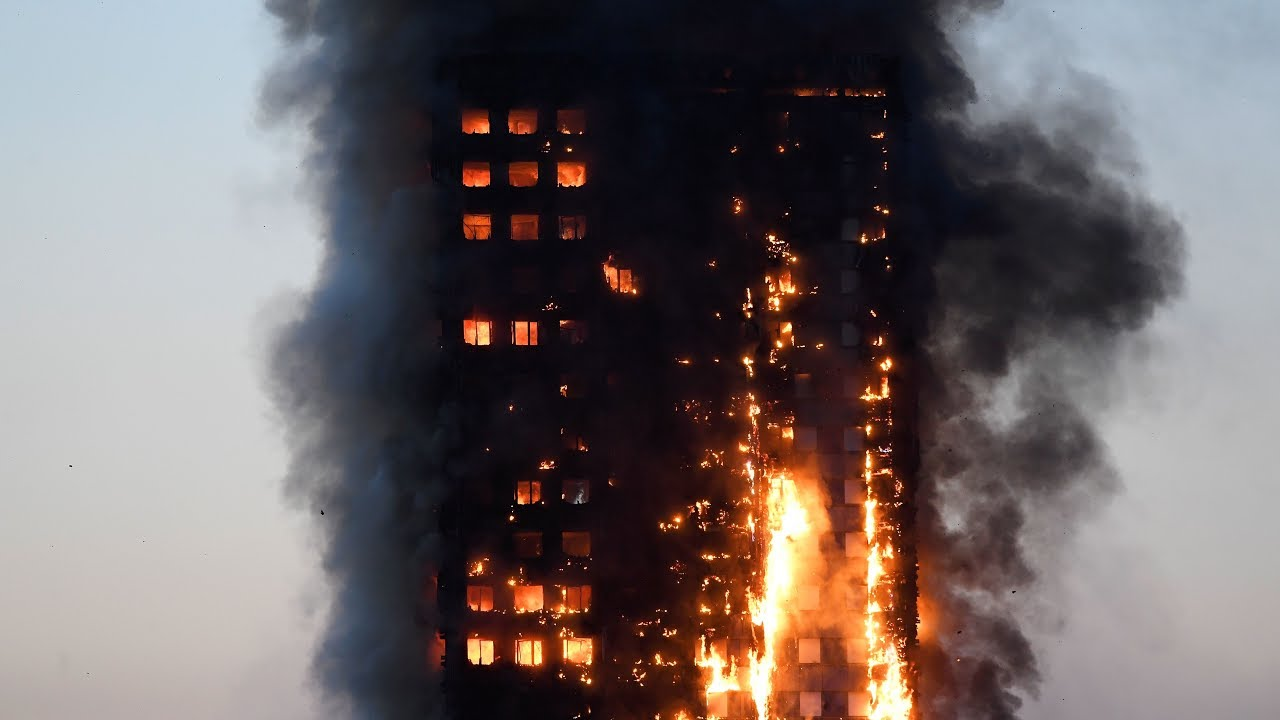 Scenes From London Highrise Fire Youtube