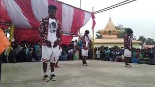 Upar Wala Apne Saat He Dances Video New 2019