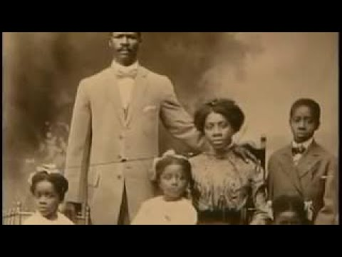 IN THE MEMORY OF THE GREAT HONORABLE MARCUS GARVEY,,TRUE GREAT MAN