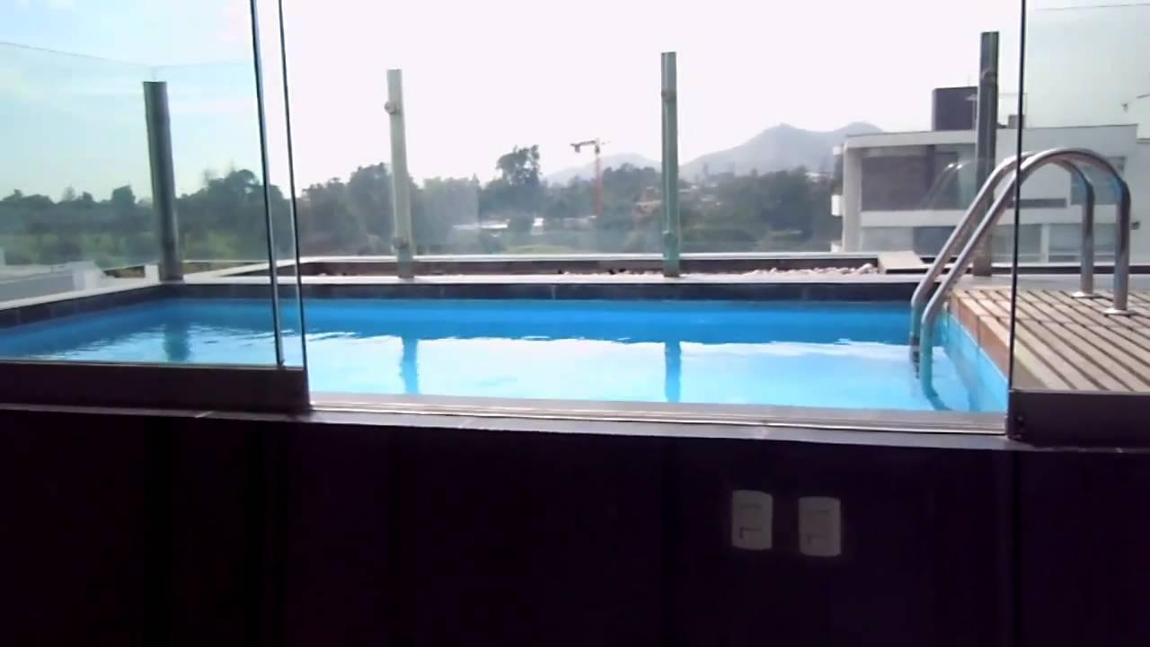 Video segundo nivel sala de estar y piscina youtube for Regulador de nivel piscina