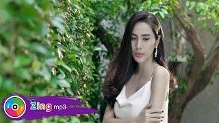 yeu thuong lac loi - thuy tien official mv