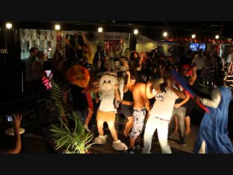 Sexiest Harlem Shake Code Bar - One way  (Cotonou, Benin ) le 09 Mars 2013